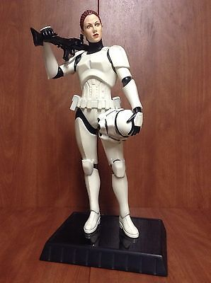 Gentle Giant - Female Stormtrooper Statue Jes Gistang Stormt17