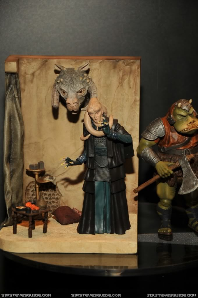 Gentle Giant - Bookends Jabba Palace ROTJ  - Page 2 Swv_6411