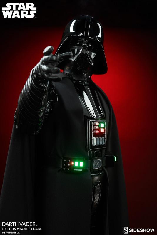 Sideshow - Darth Vader  Legendary Scale Figure Vader_11