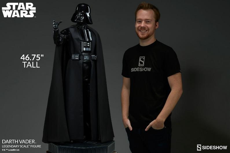 Sideshow - Darth Vader  Legendary Scale Figure Vader_12