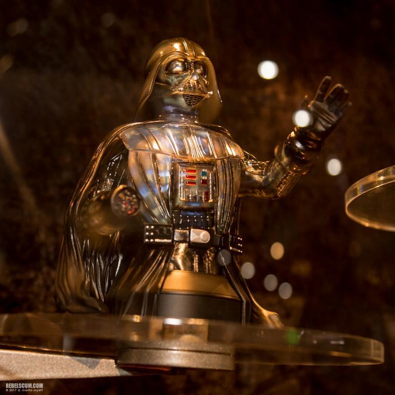 Gentle Giant Star Wars Emperor's Wrath Darth Vader mini bust Vadere11