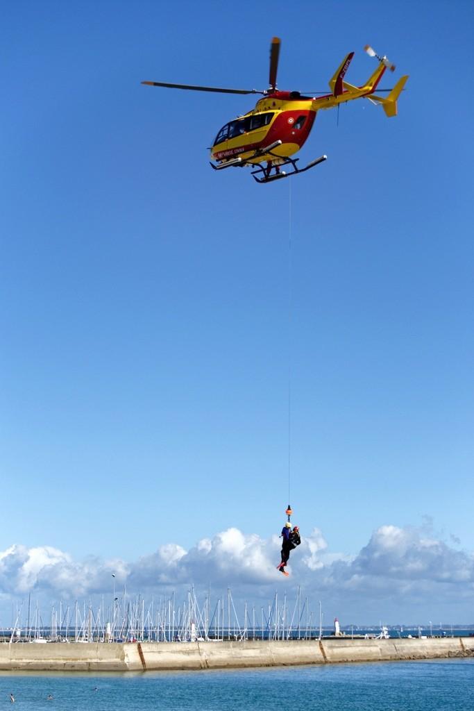 Exercice d'hélitreuillage et récupération jet ski ! Dsc_0151