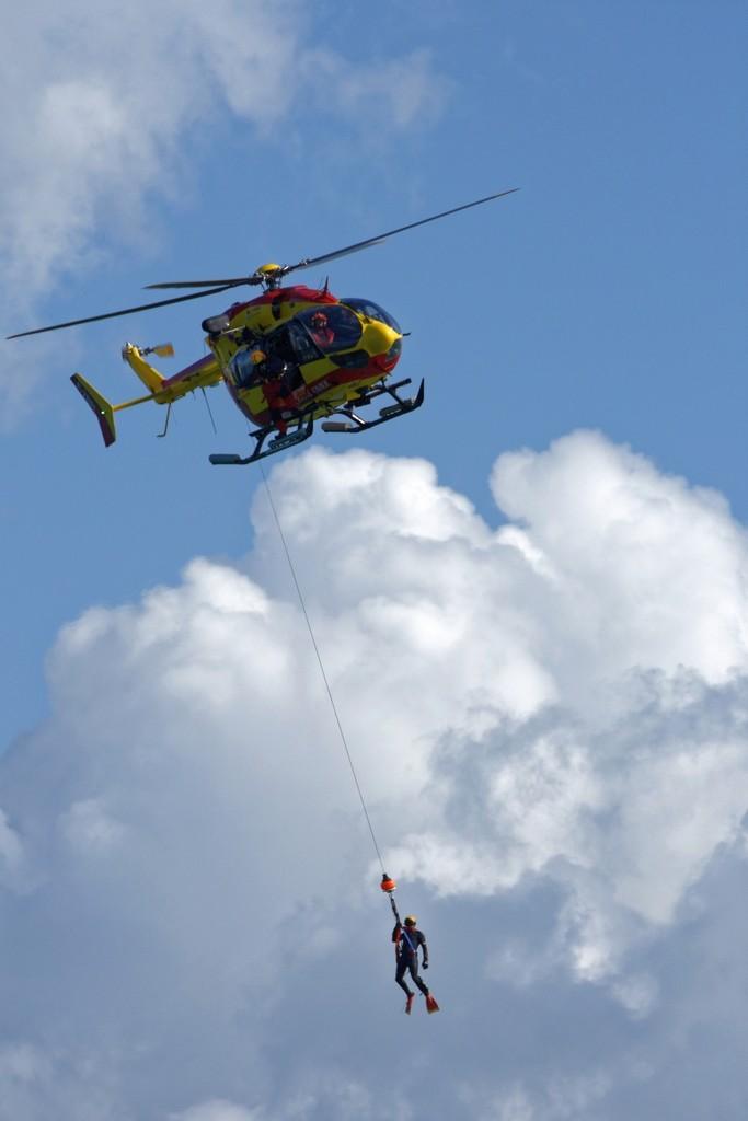 Exercice d'hélitreuillage et récupération jet ski ! Dsc_0210