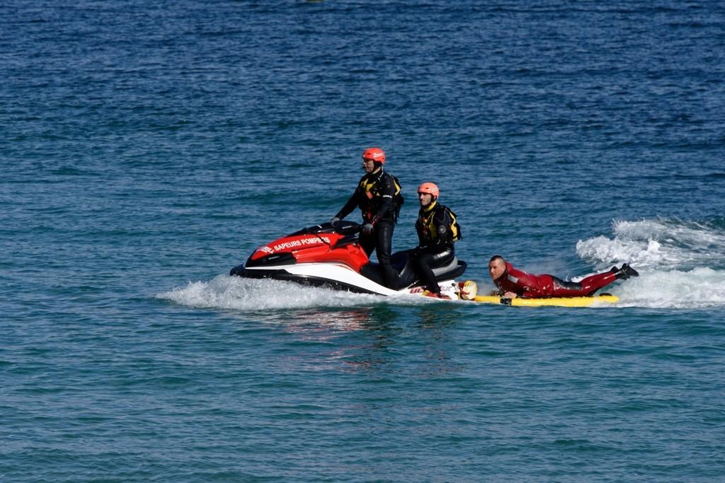 Exercice d'hélitreuillage et récupération jet ski ! Dsc_0214