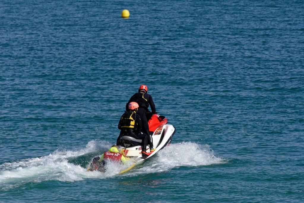 Exercice d'hélitreuillage et récupération jet ski ! Dsc_0215