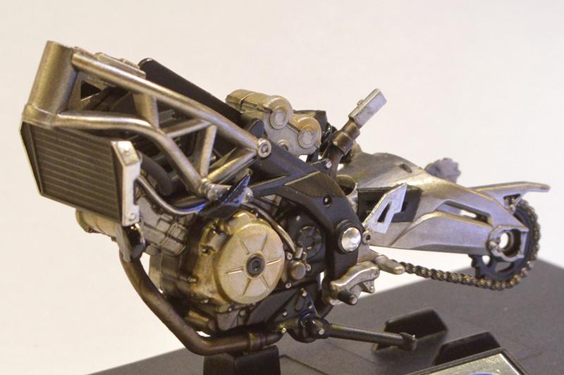 [Moto] Conversion et kit de maquette C_cade11