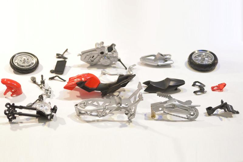 [Moto] Conversion et kit de maquette Dsc_5217
