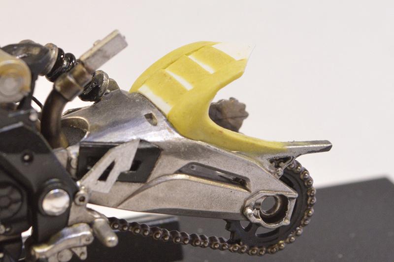 [Moto] Conversion et kit de maquette P_bras11