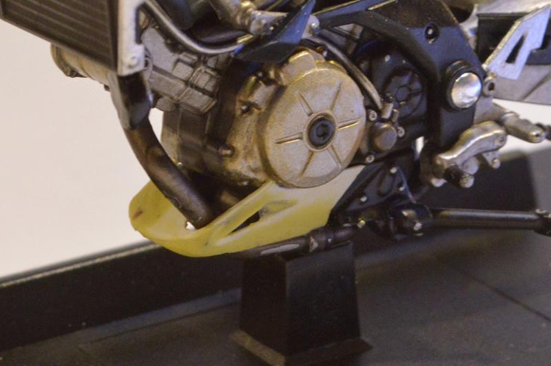 [Moto] Conversion et kit de maquette P_care10