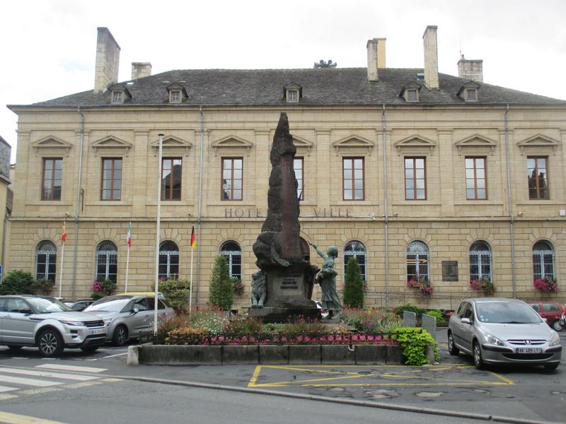 [ Histoires et histoire ] Monuments aux morts originaux Français Tome 2 - Page 2 Img_2718