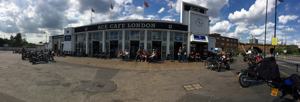 CAFE RACER CLUB Pano11