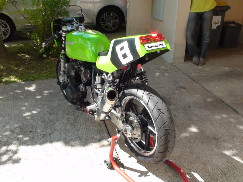 """GPZ 750 """"Endurance Classic"""" - Page 7 Dsc03310"""