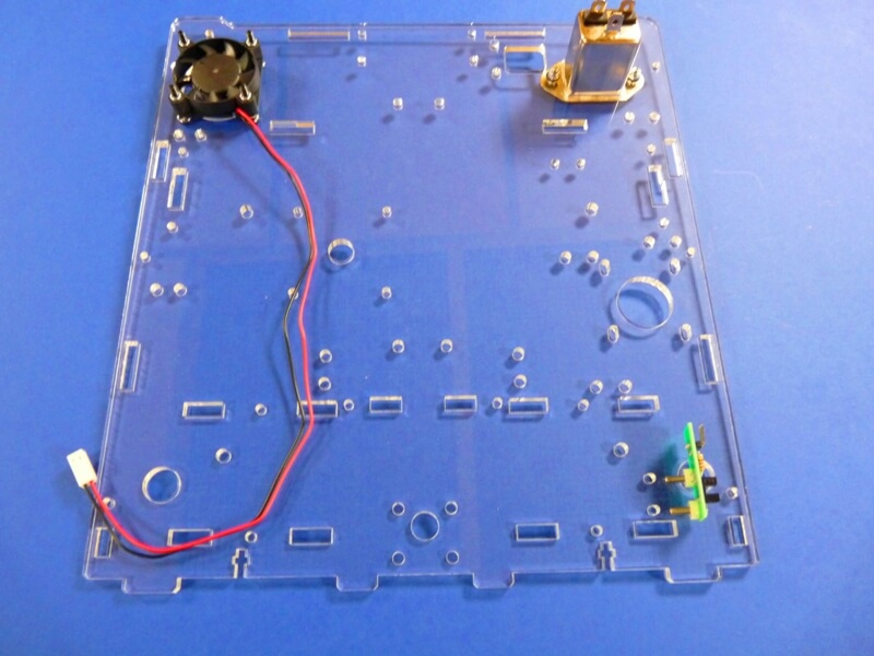 Construction d'une imprimante 3D multi-matériaux.  C2ec10