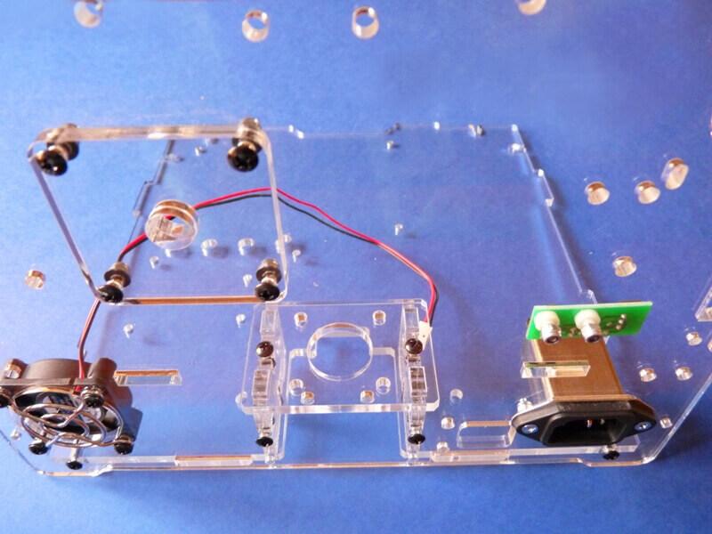 Construction d'une imprimante 3D multi-matériaux.  C3ch10