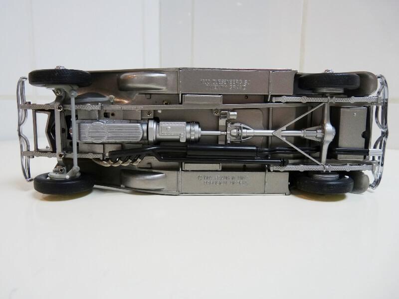 Duesenberg SJ Twenty Grand - 1933 - Franklin Mint 1/18 ème Dusjt_10