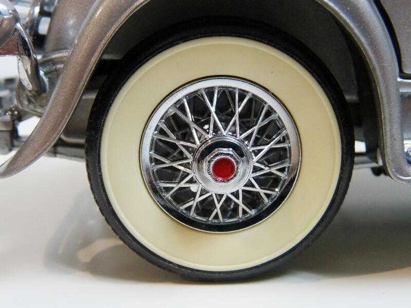 Duesenberg SJ Twenty Grand - 1933 - Franklin Mint 1/18 ème Dusjt_39
