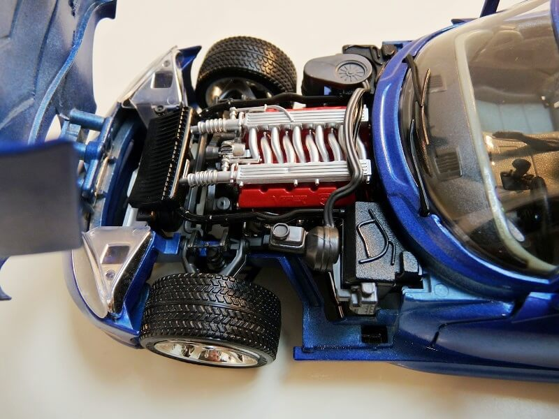 Dodge Viper GTS Coupé - 1996 - Bburago 1/18 ème Dvgts_19