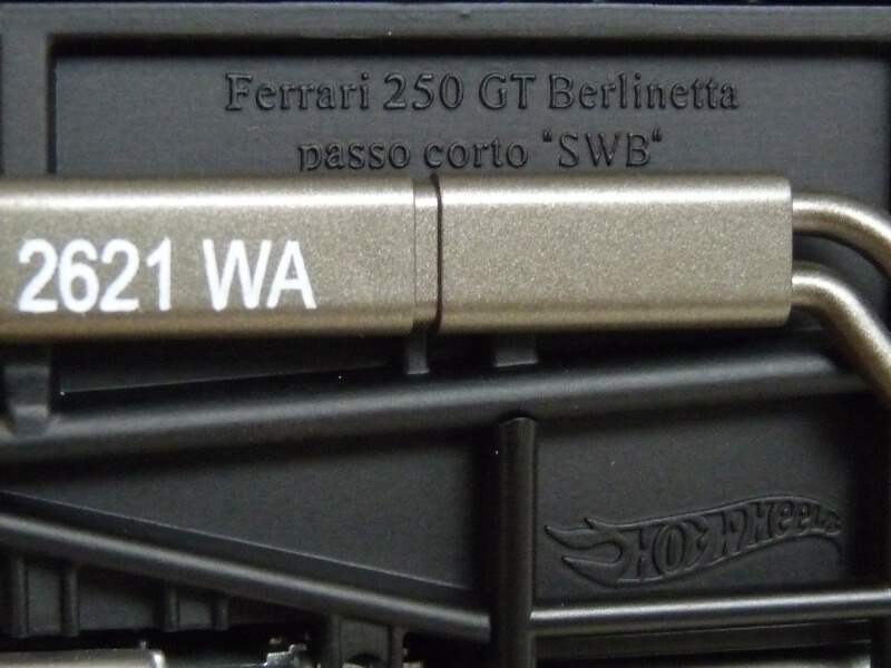 Ferrari 250 GT Berlinetta Passo Corto SWB - 1960 - HotWheels 1/18 ème F250_g12
