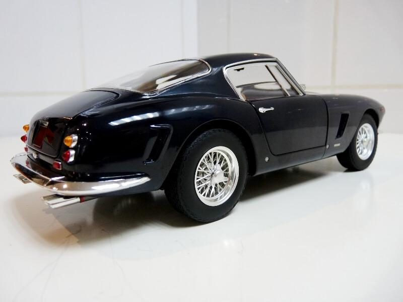 Ferrari 250 GT Berlinetta Passo Corto SWB - 1960 - HotWheels 1/18 ème F250_g28