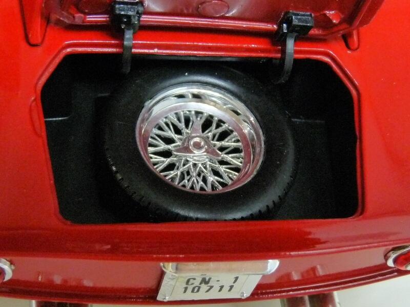 Ferrari 250 GTO - 1964 - Jouef Evolution 1/18 ème F250_g55