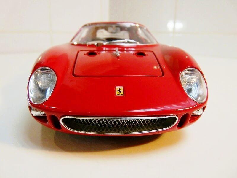 Ferrari 250 Le Mans - 1965 - BBurago 1/18 ème F250_l13