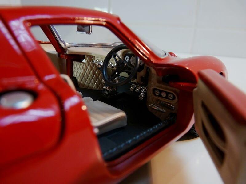 Ferrari 250 Le Mans - 1965 - BBurago 1/18 ème F250_l19