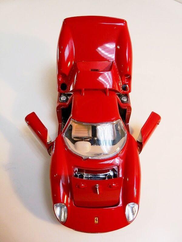 Ferrari 250 Le Mans - 1965 - BBurago 1/18 ème F250_l20