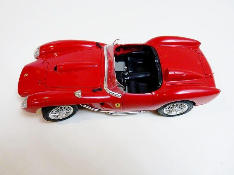 Ferrari 250 Testa Rossa - 1957 - BBurago 1/18 ème F250_t10