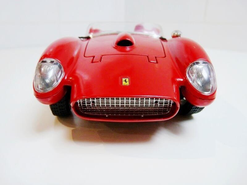 Ferrari 250 Testa Rossa - 1957 - BBurago 1/18 ème F250_t13