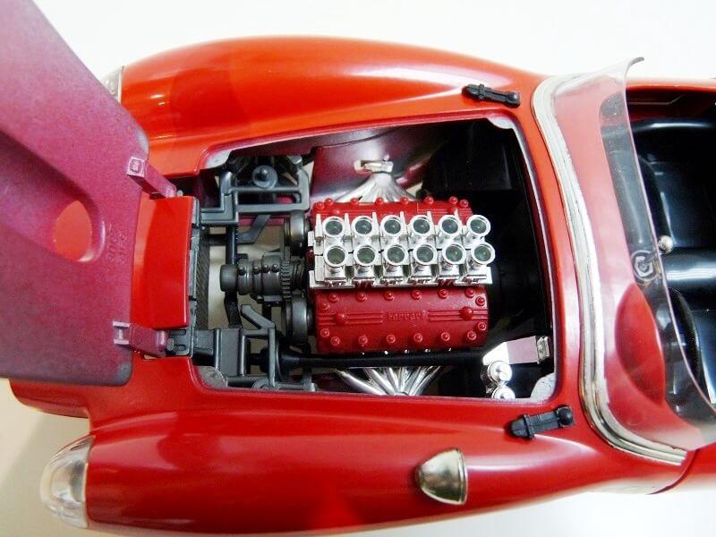 Ferrari 250 Testa Rossa - 1957 - BBurago 1/18 ème F250_t15