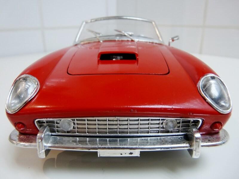 Ferrari 250 GT SWB California Spyder - 1961 - Tonka Polistil 1/16 ème F250gt11