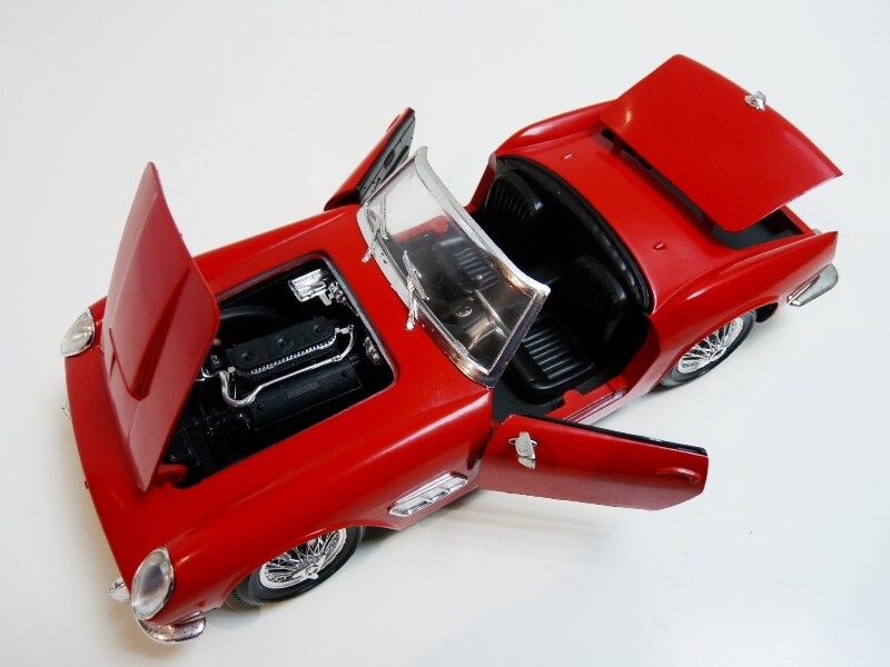 Ferrari 250 GT SWB California Spyder - 1961 - Tonka Polistil 1/16 ème F250gt18