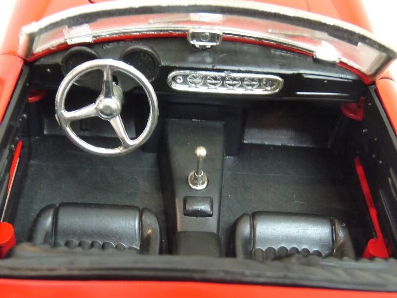 Ferrari 250 GT SWB California Spyder - 1961 - Tonka Polistil 1/16 ème F250gt23
