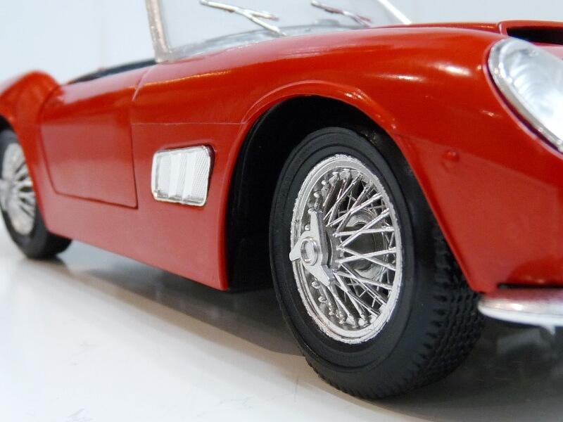 Ferrari 250 GT SWB California Spyder - 1961 - Tonka Polistil 1/16 ème F250gt26