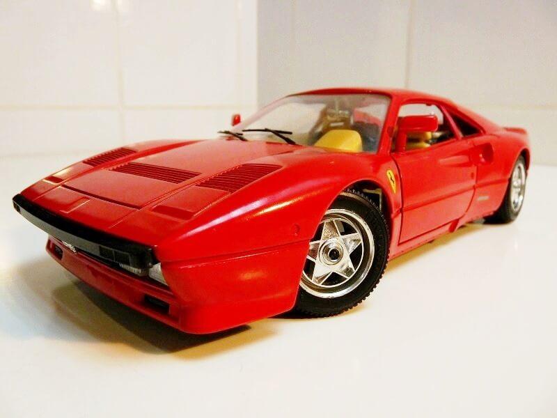 Ferrari 288 GTO - 1984 - BBurago 1/18 ème F288_112