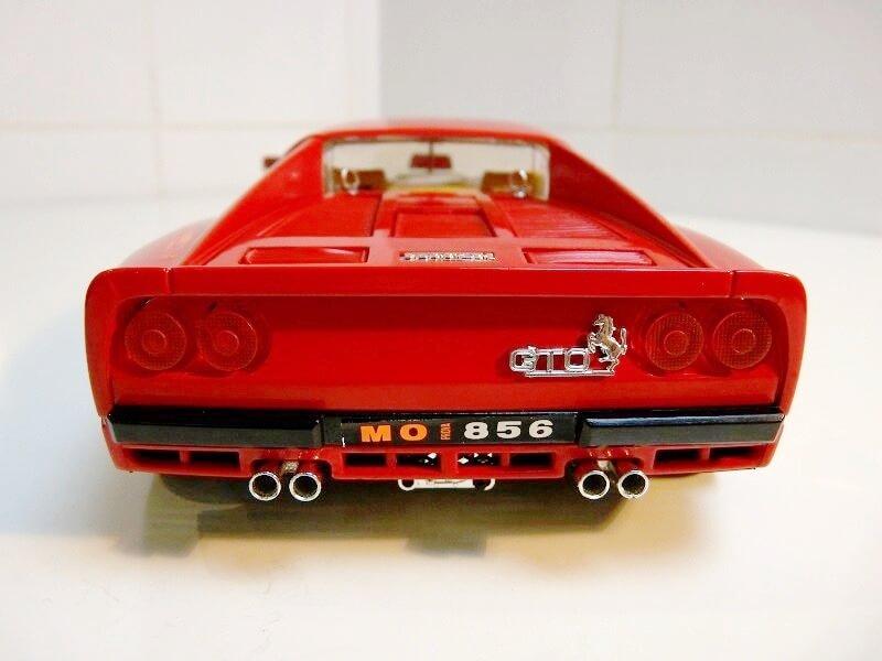 Ferrari 288 GTO - 1984 - BBurago 1/18 ème F288_113