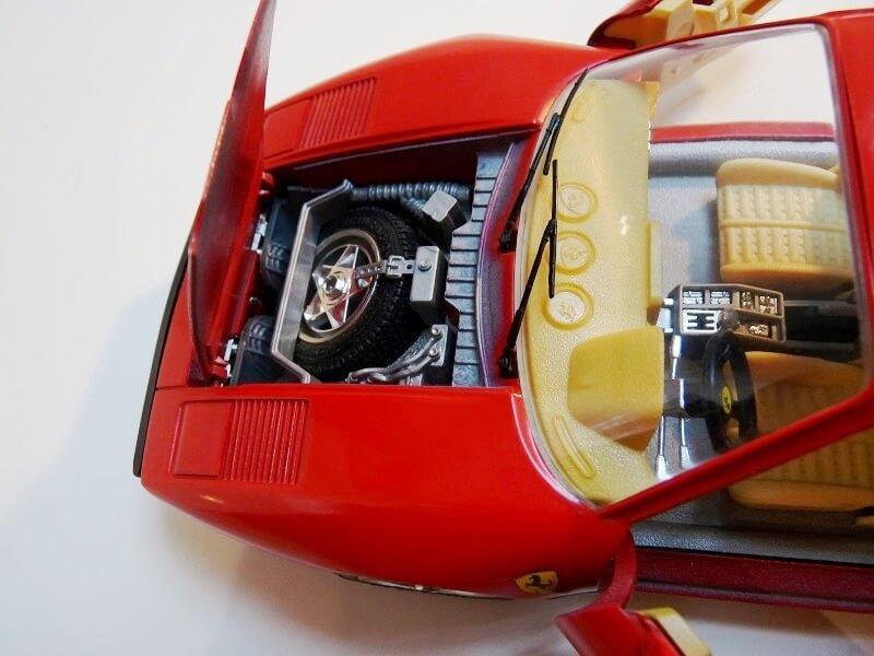 Ferrari 288 GTO - 1984 - BBurago 1/18 ème F288_117