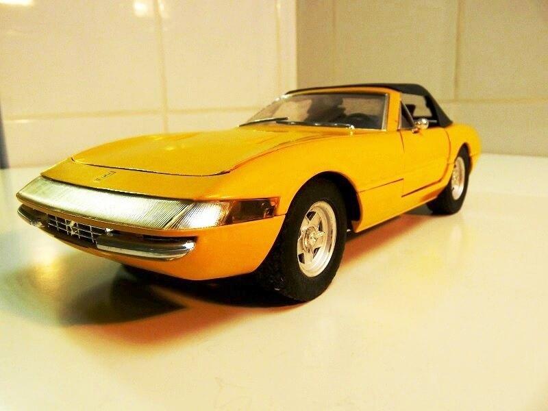 Ferrari 365 Daytona GTS4 Cabriolet Spider - 1971 - Solido 1/18 ème F365_g11