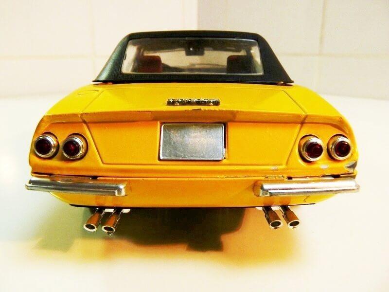 Ferrari 365 Daytona GTS4 Cabriolet Spider - 1971 - Solido 1/18 ème F365_g12
