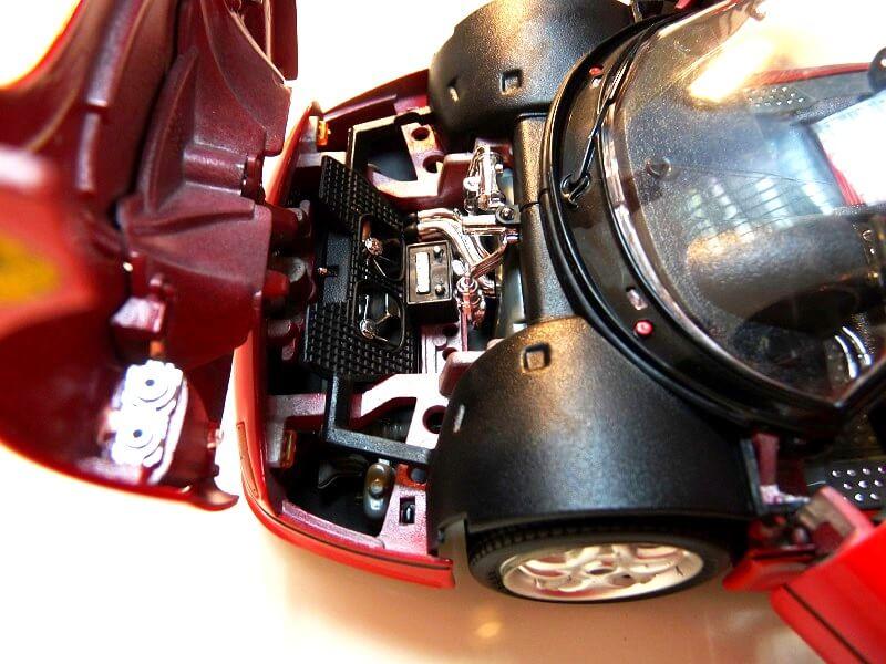 Ferrari F50 Hardtop - 1995 - BBurago 1/18 ème F50h_132