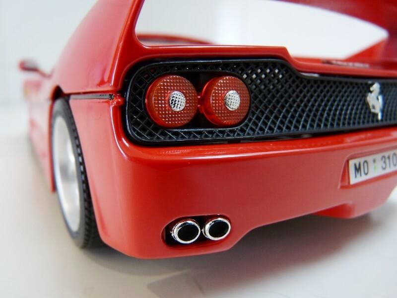 Ferrari F50 Hardtop - 1995 - BBurago 1/18 ème F50h_138