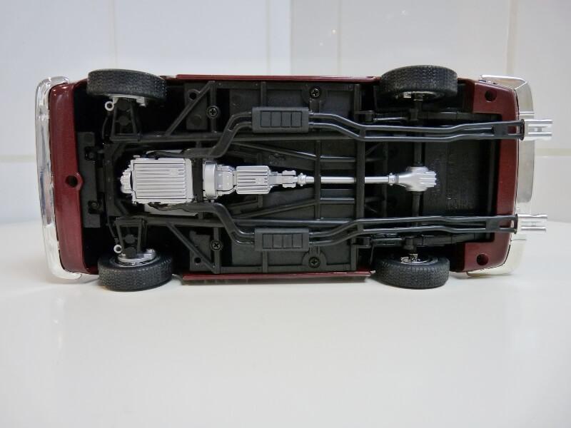 Ferrari 250 GT California Spyder SWB - 1961 - HotWheels 1/18 ème Fe250g11