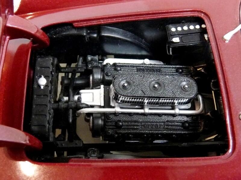 Ferrari 250 GT California Spyder SWB - 1961 - HotWheels 1/18 ème Fe250g28