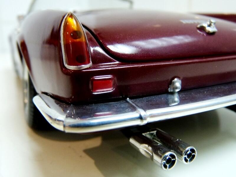 Ferrari 250 GT California Spyder SWB - 1961 - HotWheels 1/18 ème Fe250g29