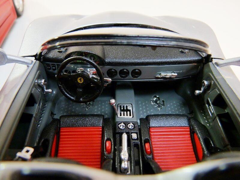 Ferrari F50 - 1995 - BBurago 1/18 ème Fe509515