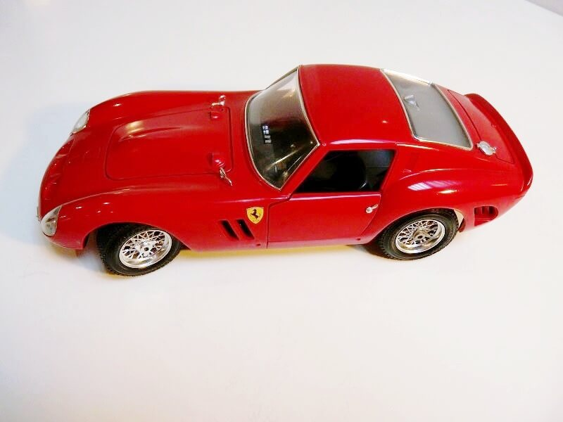 Ferrari 250 GTO - 1962 - BBurago 1/18 ème Ferr2510
