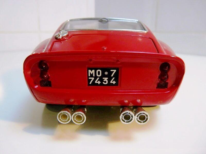 Ferrari 250 GTO - 1962 - BBurago 1/18 ème Ferr2512