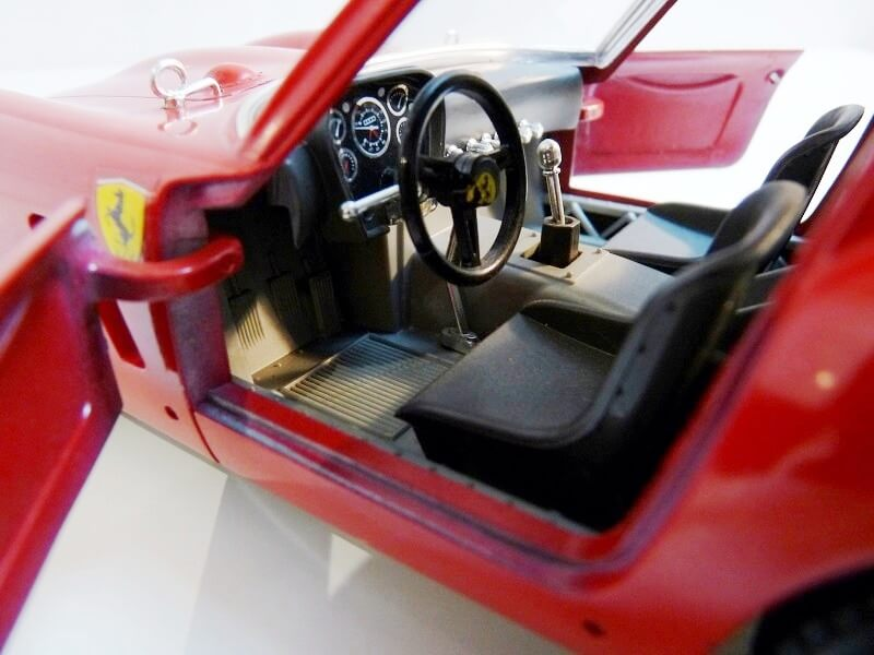 Ferrari 250 GTO - 1962 - BBurago 1/18 ème Ferr2519