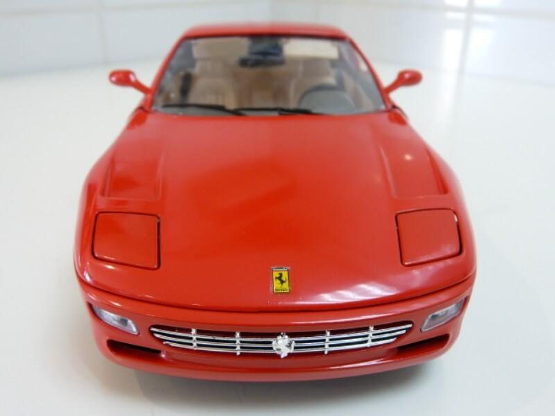 Ferrari 456 GT - 1992 - BBurago 1/18 ème Ferra100