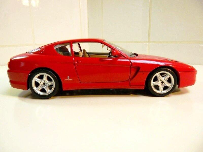 Ferrari 456 GT - 1992 - BBurago 1/18 ème Ferra101